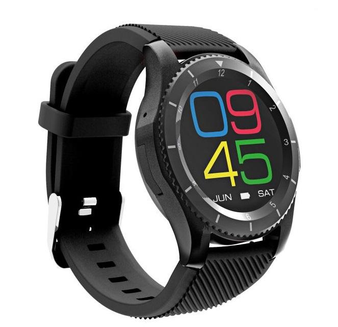Часы Apple Watch Sport 38 мм, серебристый алюминий, спортивный ремешок белого цвета