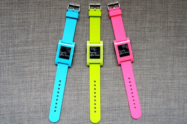 Pebble smartwatch color