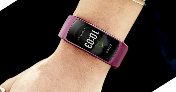 Samsung_Gear_Fit_2_official.JPG